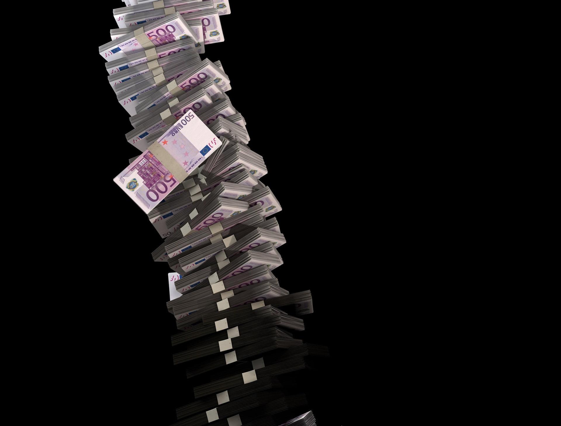 La gripa aviara si pesta porcina s-au furat milioane de euro!