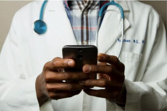 Cum poți să gestionezi corect o urgență medicală?